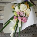 カラーのお供え花束
